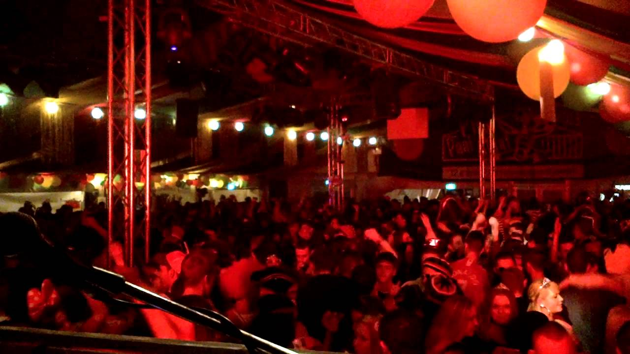 & carnaval in de tent heerlen zondag 10 feb 2013 - YouTube