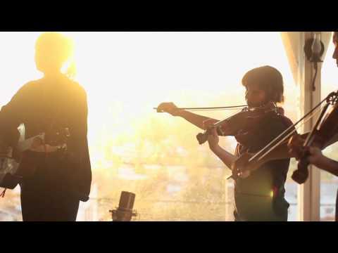 "Chelsea Wolfe - ""Flatlands"" (Glassroom Sessions)"