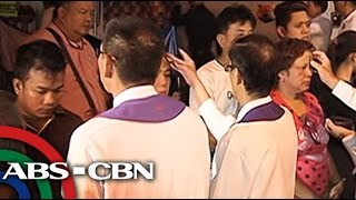 TV Patrol: Mga Katoliko, dagsa sa mga simbahan ngayong Ash Wednesday