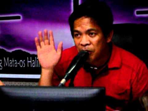Father Fernando Suarez  Praying over Thru Radio Veritas 846 (March 18,2012)