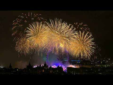 London New Years Fireworks 2012/2013 - Full HD - 1080P