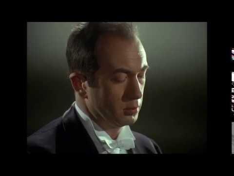 Tchaikovsky - Concerto Nº 1 para piano y orquesta, op  23 Karajan / Weissenberg