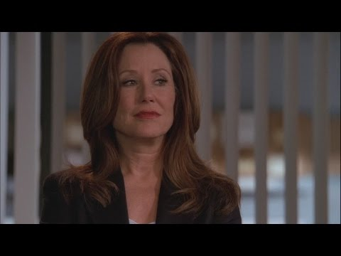 Mary McDonnell - The Closer (Sharon Raydor)