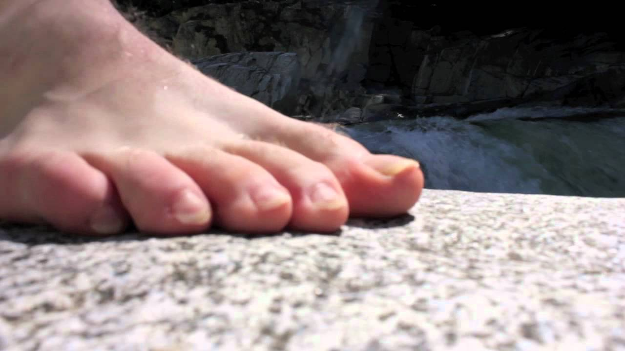 Extreme Cliff Diving Accident