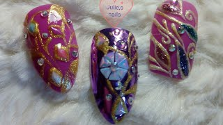 Easy nail art with 3D glitters