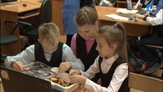В новгородской 22 й школе сегодня прошел открытый урок по робоконструированию