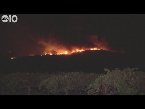 wine article Windwhipped Kincade Fire in Sonoma County continues to grow  RAW