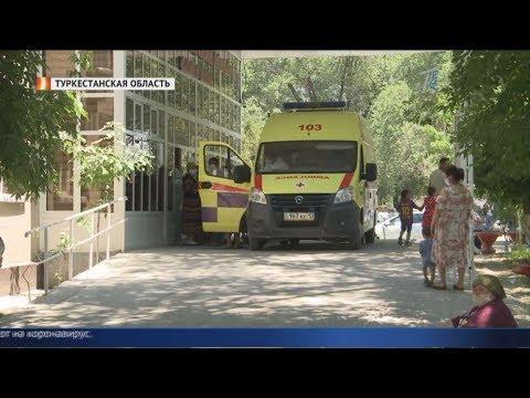 «За два дня похоронили мать и отца»: коронавирус в Казахстане набирает обороты