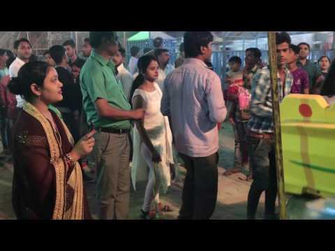 Une fête foraine à Agra, en Inde