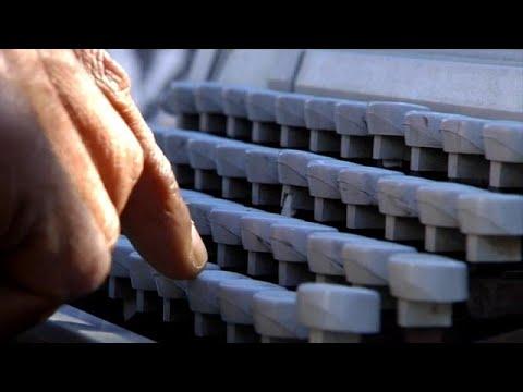 شاهد: آلات الرقن في المغرب تصمد أمام التكنولوجيا الرقمية…  - 16:00-2020 / 2 / 12