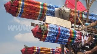 Repeat youtube video rocket festival at xieng khuang(งานบั้งไฟที่ลาว)