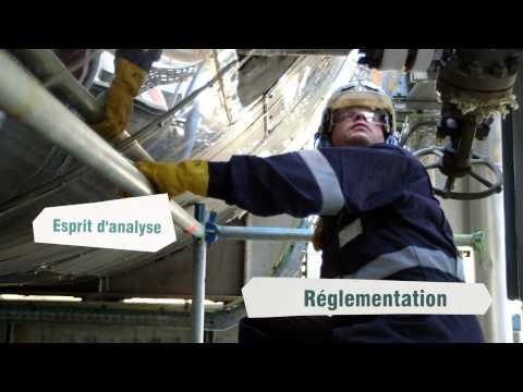 Vidéo de opérateur/trice de raffinerie