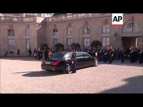 Putin arrives for Paris summit on Ukraine crisis