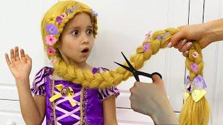 София и веселый сборник про Принцесс, Покрасили волосы Рапунцель