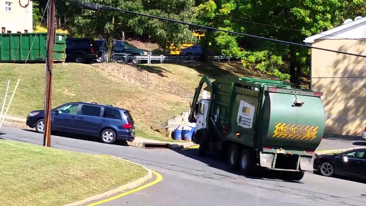Caminhão de Lixo nos Estados Unidos... - YouTube