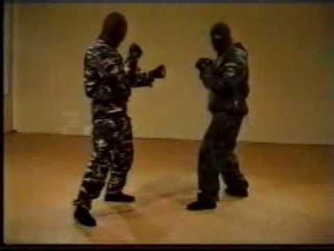 Spetsnaz instructional video / Video de entrenamiento Spetsnaz GRU