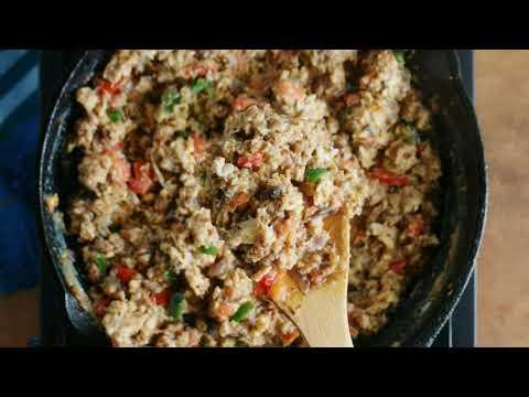 Machaca con Huevo (Machaca with Eggs) | Muy Bueno