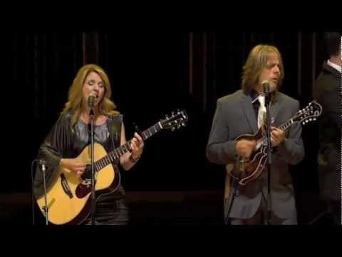"""The Roys """"New Day Dawning"""" LIVE at the 2012 ICM Awards Show"""