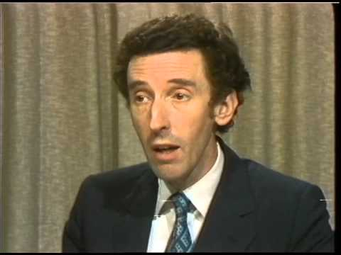 THAMES NEWS 28.6.82 LONDON TRANSPORT STRIKE - Transport Secretary DAVID HOWELL claims that the work