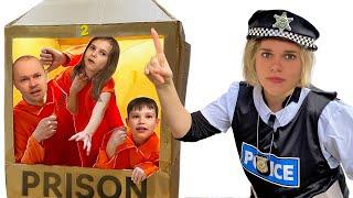 Фото Побег из картонной тюрьмы от Макс и Катя