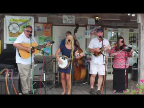Valley Grass 2016 at BW Country Store