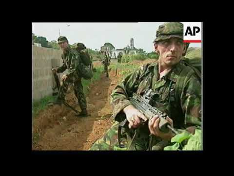 SIERRA LEONE: FREETOWN: UK TROOPS MOVE IN