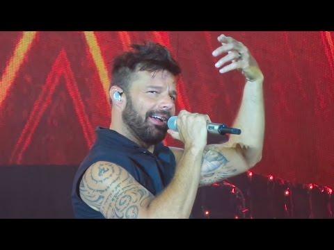"""Ricky Martin """"LA MORDIDITA"""" - Torreon Mexico【December 07th, 2016】"""