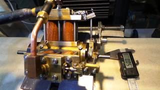 Steam engine 4 cylindres en V  DU4-Giovanni