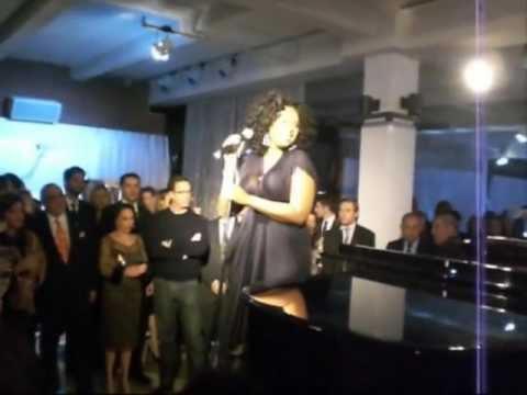 VERY RARE Jennifer Hudson Slayed This Cover Live Of
