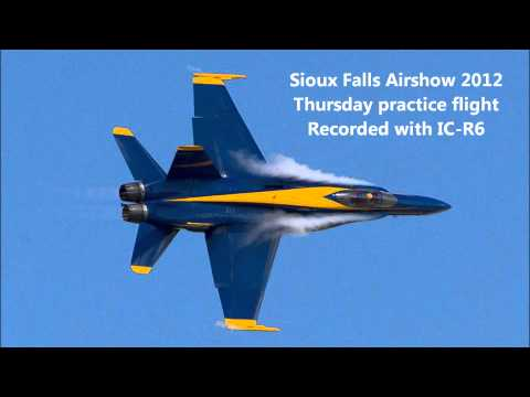 Blue Angels Pilot Audio during practice at Sioux Falls Air Show 2012 - bird strike @8:08 marker