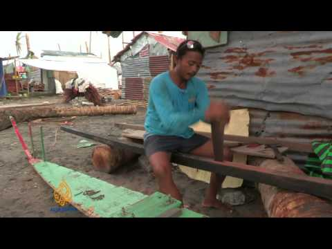 Philippines fishermen cope with Haiyan damage