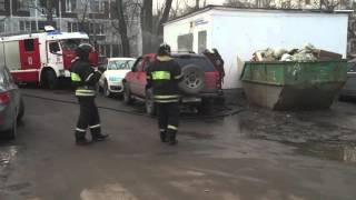 Возгорание автомобиля. Смотреть всем