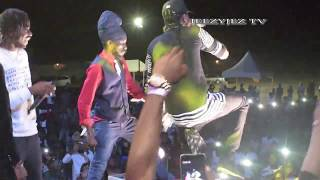 SIZZLA BOUNTY KILLER VERSI DEABLO & TOMMY LEE SPARTA LIVE AT EAST KINGSTON EXTRAVAGANZA  2018