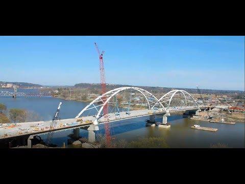 Broadway Bridge over the Arkansas River construction time-lapse