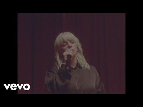 Billie Eilish - NDA (Live)