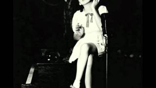 Judy Garland...Zing! Went The Strings Of My Heart (1935 Radio)