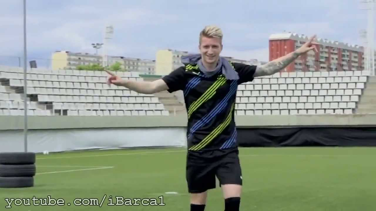 marco reus amazing skill in training youtube. Black Bedroom Furniture Sets. Home Design Ideas