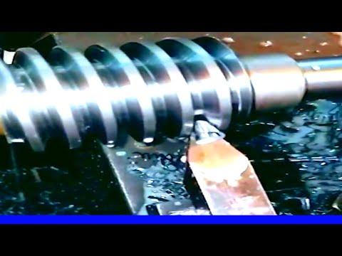amazing high speed Cutting Worm Gear and Gear Hob on My Metal Lathe Allmachine