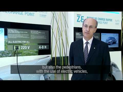 Renault - Inventing the sound design of Electric Vehicles // Inventer le design sonore des VE