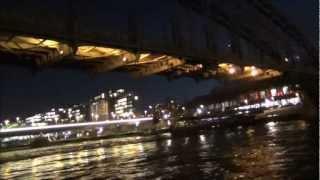 Париж день первый часть 3 (Прогулка по Сене)(Париж. Автобусная экскурсия. 30 января 2013 год. +8-10, пасмурно, ветер от сильного до умеренного, от сильного..., 2013-03-04T15:55:27.000Z)