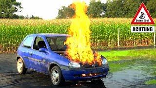 Feuer aus dem Motor - WD40 statt Öl | Dumm Tüch