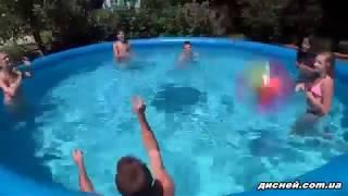 видео Надувной бассейн Intex 56412 EASY SET
