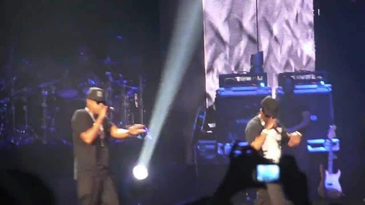 Jay z blueprint 3 tour hard knock life youtube jay z blueprint 3 tour hard knock life malvernweather Choice Image