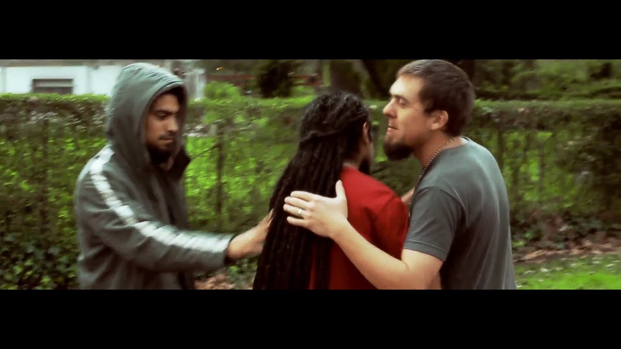 SI TU ESTAS - Una Milla Más - Música Cristiana Reggae