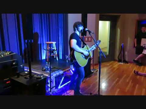Mississippi in July (Charlie Worsham) live at Warner Music Studio Nashville 061018