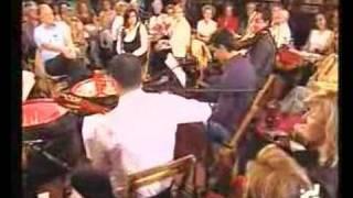 David Muñoz junto a Timple y Bohemia - La última copa