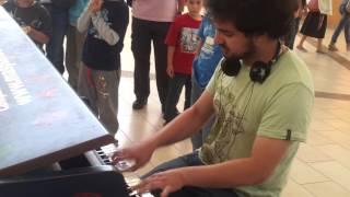 Athletic Theme / Yoshi's Island (Public Piano) por Álvaro Stöckle