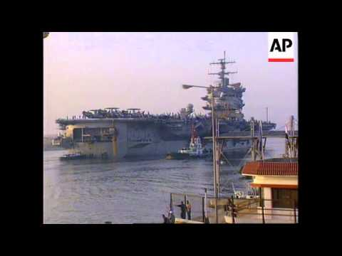 EGYPT: USS ENTERPRISE ENTERS SUEZ CANAL ON ROUTE TO PERSIAN GULF