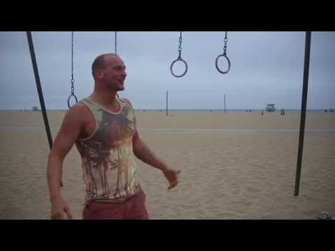 Hanging out at Muscle Beach Santa Monica - Raw Uncut