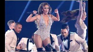 Jennifer Lopez tribute to Elvis 🕺